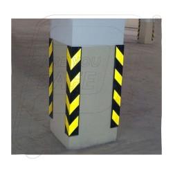 Corner guard with installation
